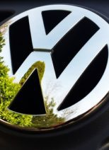 european auto specialists VW logo